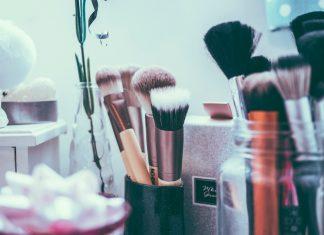 Inexpensive makeup tools